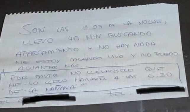 La llamativa nota que un joven dejó en su auto para que no se lo lleve la grúa