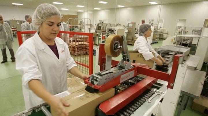 Empleo. El 62% de mujeres participa del mercado laboral frente al 81% de varones.