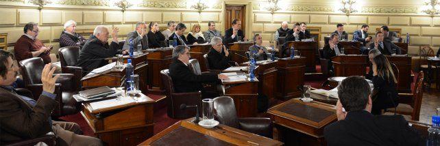 Los senadores aprobaron el presupuesto por unanimidad.