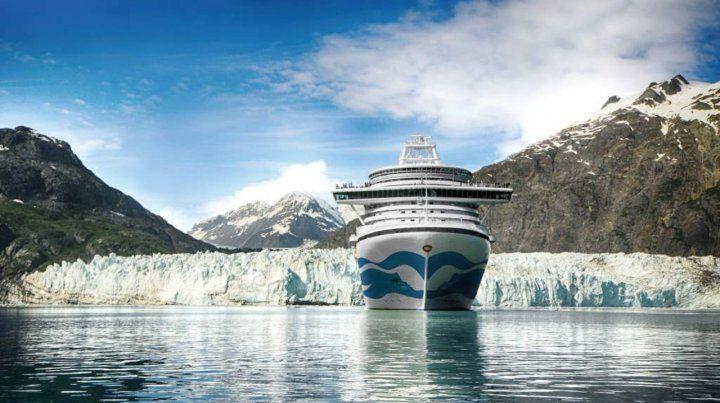 Imponente. El Coral Princess tiene capacidad para 2.000 pasajeros y un peso de 92 mil toneladas