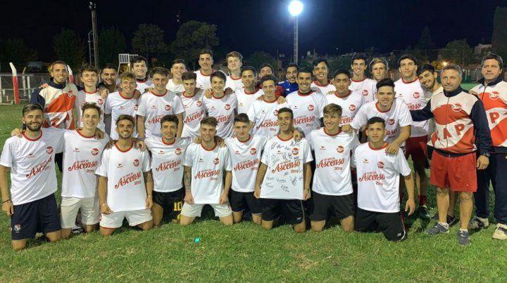 Felices. El plantel comandado por Claudio Marinich logró el 2º ascenso de la Copa Mariano Reyna tras igualar con Sparta 2 a 2.