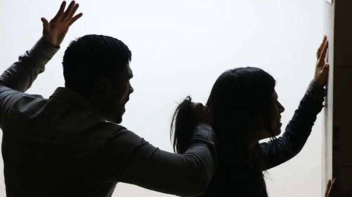 Dos detenidos por graves casos de violencia de género