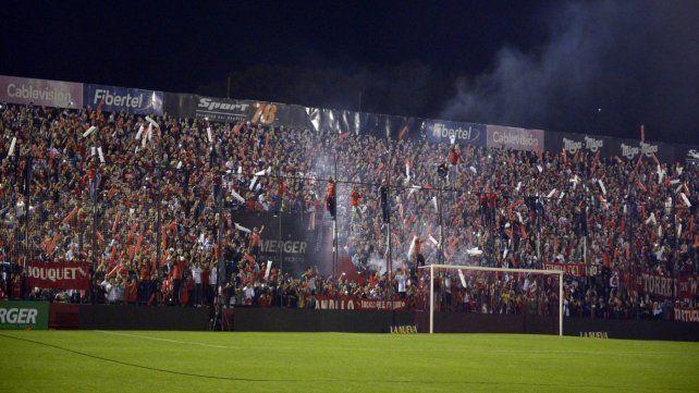 La hinchada de Independiente fue la última habilitada para entrar al Coloso