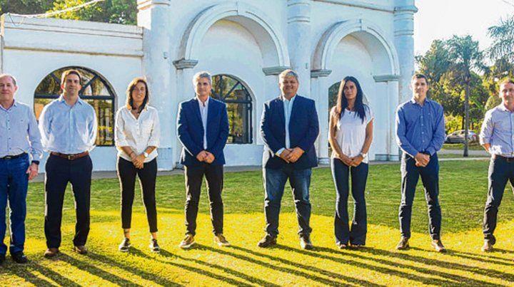 juntos. Alberto Ricci con los integrantes del nuevo equipo de trabajo.