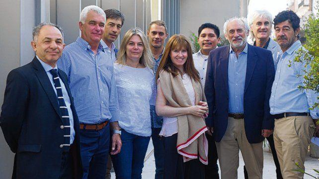Equipo. Fernández (izquierda) con los profesionales que lo acompañan.