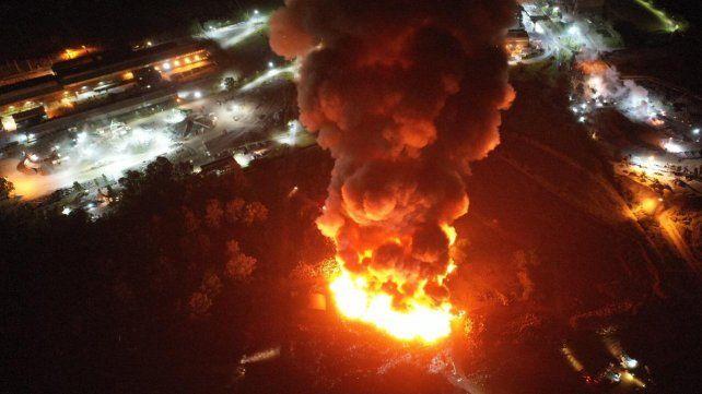 El voraz incendio causó preocupación a los vecinos de Villa Constitución.