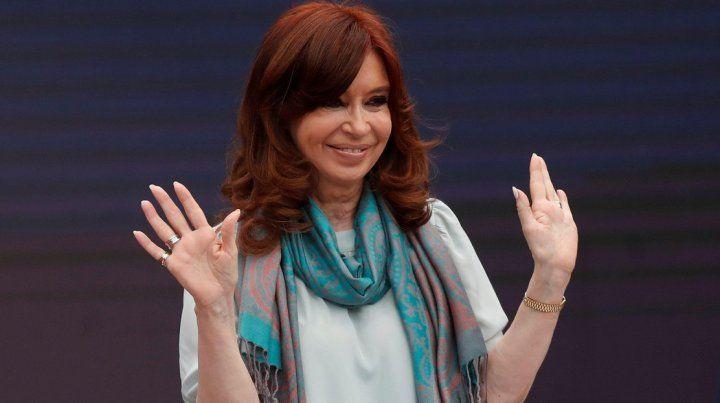 Cristina denunció ser parte de una guerra jurídica