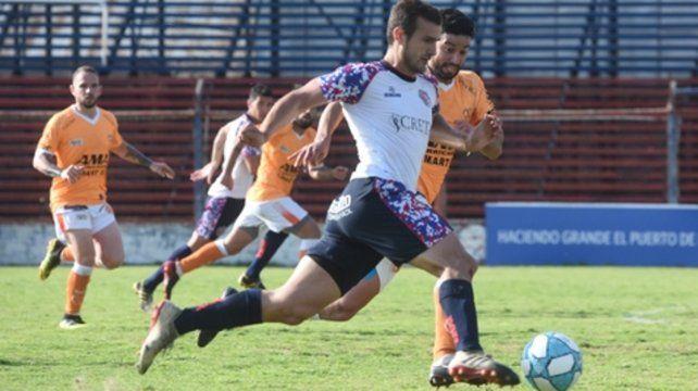 Marcó. Bracco desde los doce pasos anotó la igualdad del charrúa ante el gallego.