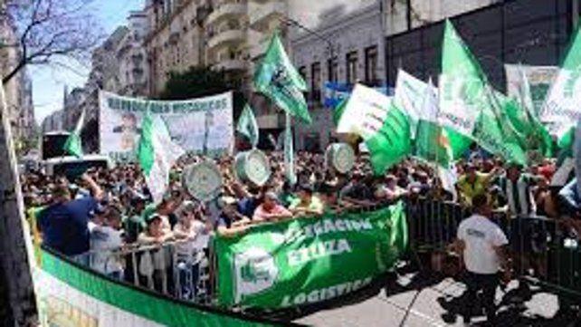 Protesta de camioneros por la reapertura de paritarias