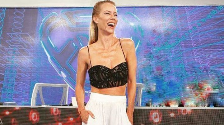 Nicole reemplazó a Pampita anoche en el jurado del Bailando.