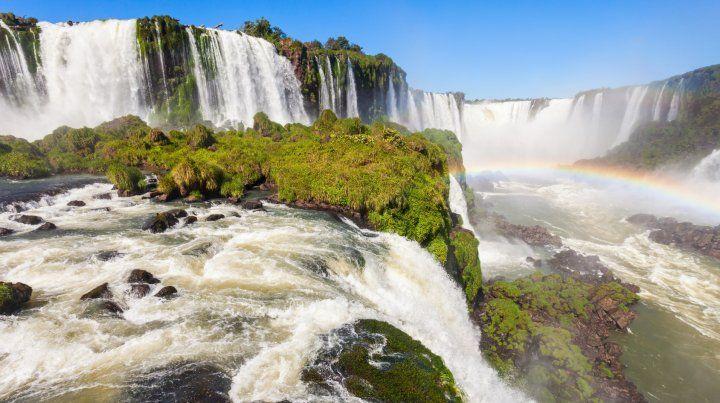 Bolsonaro privatiza tres parques nacionales: incluye las Cataratas del lado brasileño