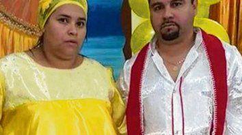Líderes. Vanesa Saravia y Alejandro Albaristo comandaban la banda.