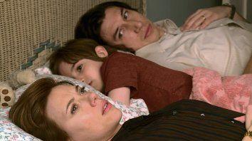 distanciados. El filme se centra en una pareja que se desmorona.