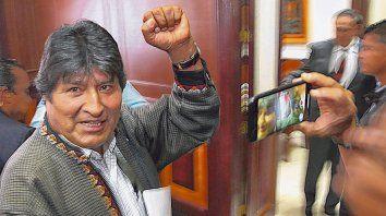 cuestionado. El ex presidente Evo Morales abandonó el poder tras 14 años y se encuentra exiliado en México.