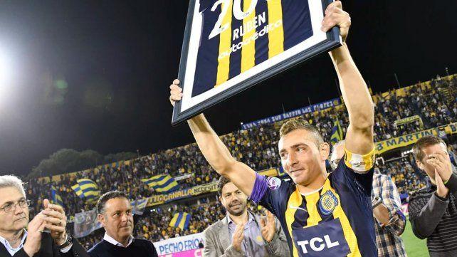 Marco Ruben vuelve al club de sus amores con el que tiene contrato hasta junio de 2020.
