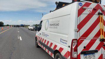 Un joven murió al chocar contra un camión en la ruta A012