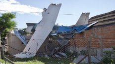 Se estrelló. Así quedó el avión Cessna en una vivienda de Virreyes.