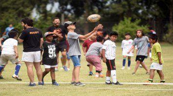 Los chicos tuvieron ayer la última jornada de rugby y hockey y volverán a juntarse a mediados de febrero de 2020.