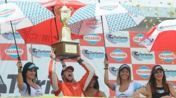 Desahogo. Franetovich es un solo grito en el podio. Después de 9 años en el TN logró su primer título.