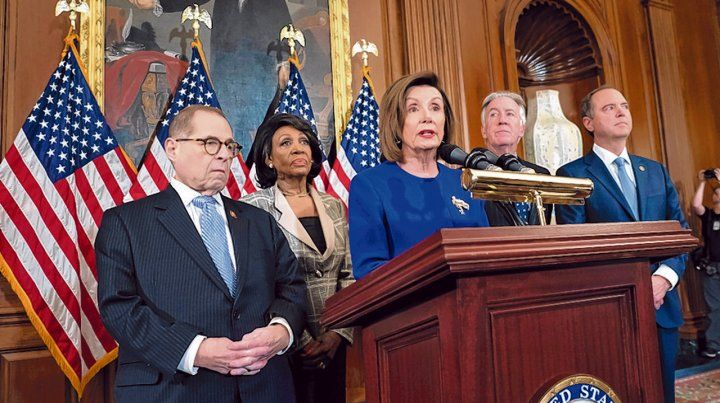 a juicio. Nancy Pelosi