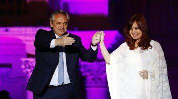 equipo. El presidente escuchó, se emocionó y agradeció las palabras de Cristina.