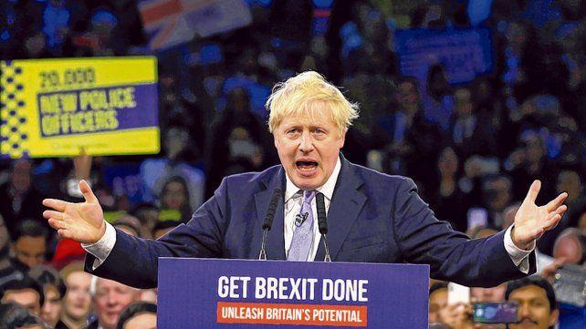 Por goleada. Johnson supo sintonizar con el sentir popular y captó el voto de sectores reacios a su partido.