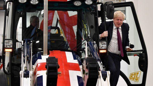 Boris Johnson logra la mayoría absoluta para culminar el Brexit