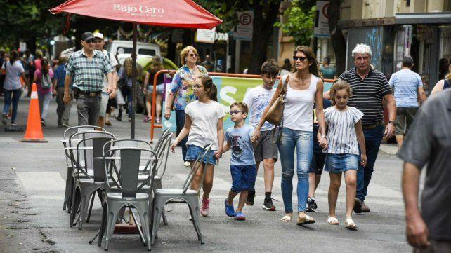 El Paseo del Siglo será peatonal hasta las 14.30.