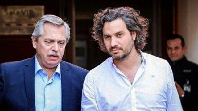 El presidente Alberto Fernández y su jefe de Gabinete, Santiago Cafiero, salieron a defender las leyes de emergencia.