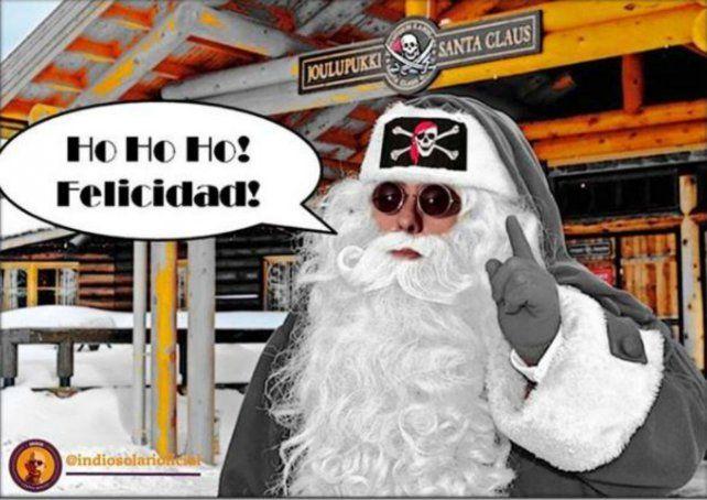 Un Santa Claus calavera! El Indio Solari volvió a aparecer en las redes.