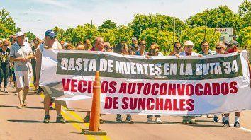 Indignados. Los siniestros fatales ocurridos en el tramo que cruza Sunchales movilizaron a los vecinos.