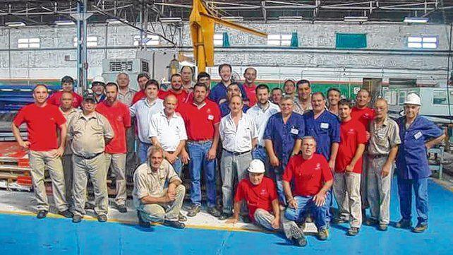 Primer paso. Los empleados ahora pondrán a punto los diversos sectores de los talleres metalúrgicos.