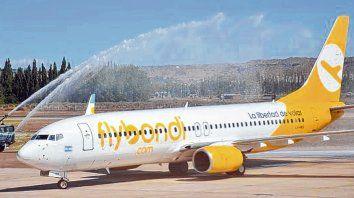Bajo costo. Flybondi comenzó a volar desde Rosario con destino a Iguazú el 13 de marzo de 2019 y fue subsidiada para fomentar el turismo local.