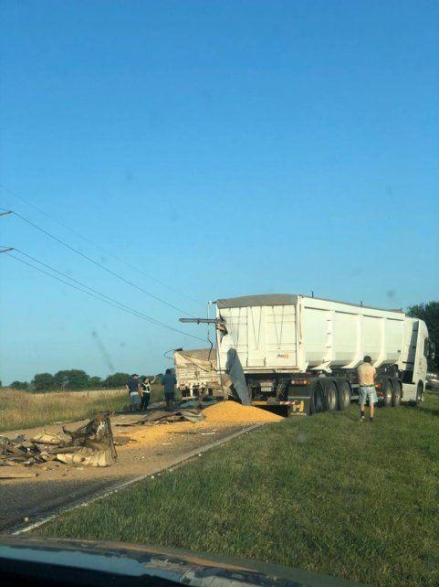 Murió un camionero en un choque múltiple en un acceso a la autopista a Santa Fe
