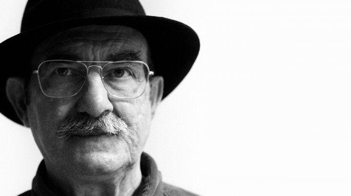 Murió a los 77 años el dibujante y humorista rosarino Napo