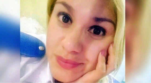 La agenteDébora Giménez fue operada y permanece internada en grave estado.