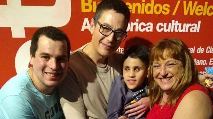 El emotivo video de Aaron, el chico ciego de nacimiento que empieza a ver