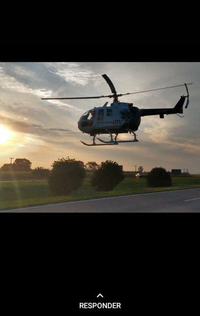 El helicóptero sanitario trasladó al conductor del Siena, que volcó.