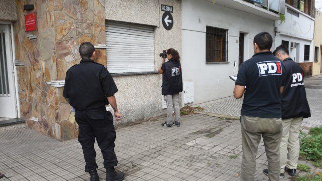 Pericias. Agentes de la AIC (ex PDI) en el lugar del ataque nocturno.