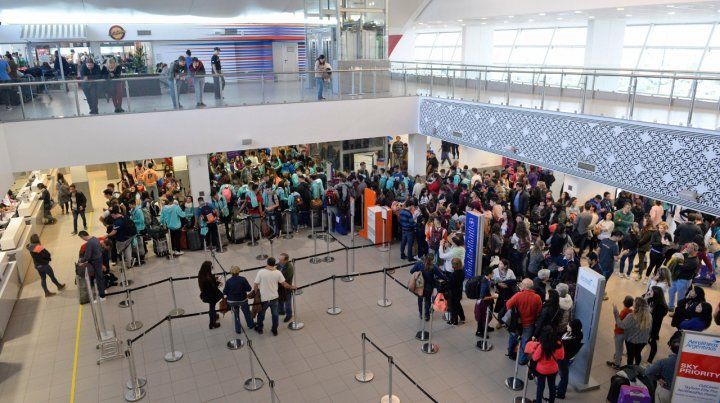 A pleno. El aeropuerto local viene experimentando un crecimiento en el flujo de pasajeros.