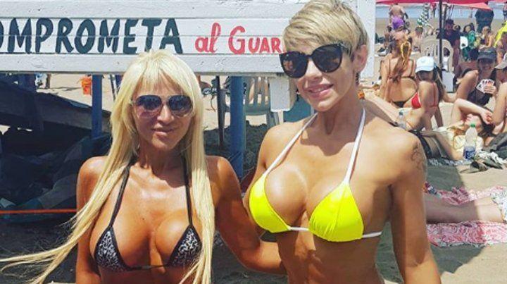 Mónica Farro enloqueció a sus seguidores con la foto del beso que recibió en la cola