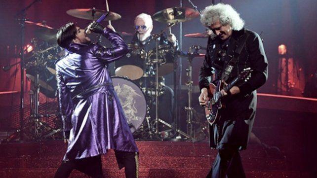 Queen solidario. Adam Lambert