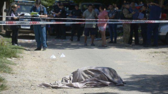 nn. Al cierre de esta edición el hombre asesinado no había sido identificado.