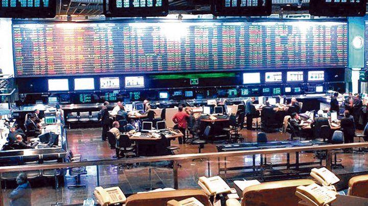 Rumores y temores. El mercado de bonos reflejó las especulaciones sobre la deuda bonaerense.
