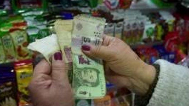 Piden postergar la vigencia del billete de $5