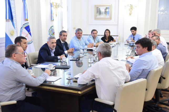 El intendente Pablo Javkin se reunió con el ministro de Seguridad, Marcelo Saín.