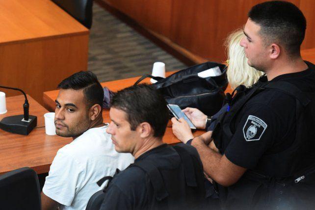 Maximiliano Cachete Díaz fue imputadopor el delito de homicidio agravado por uso de arma de fuego en carácter de participe primario. La Justicia le dictó prisión preventiva por el plazo de la ley (dos años).