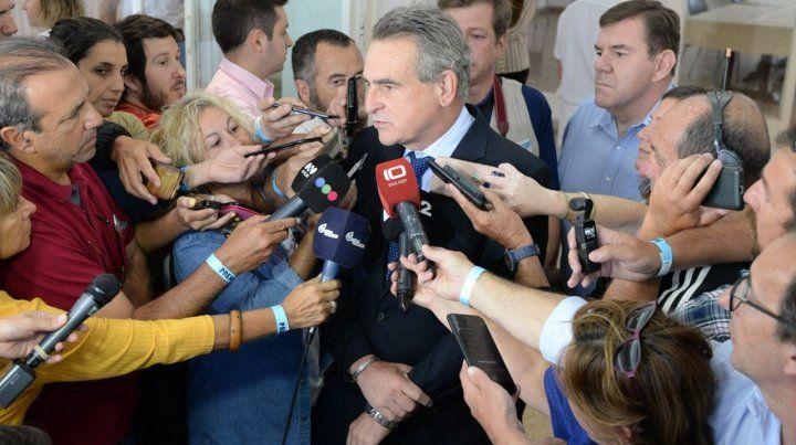 El ministro Agustín Rossi cargó contra el socialismo