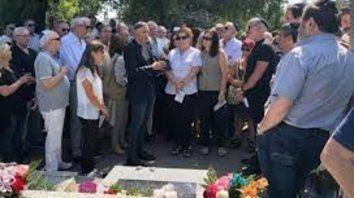 Recordaron a Nisman con una ceremonia en el cementerio