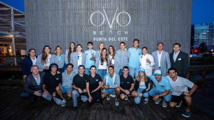 El personal de Ovo Beach